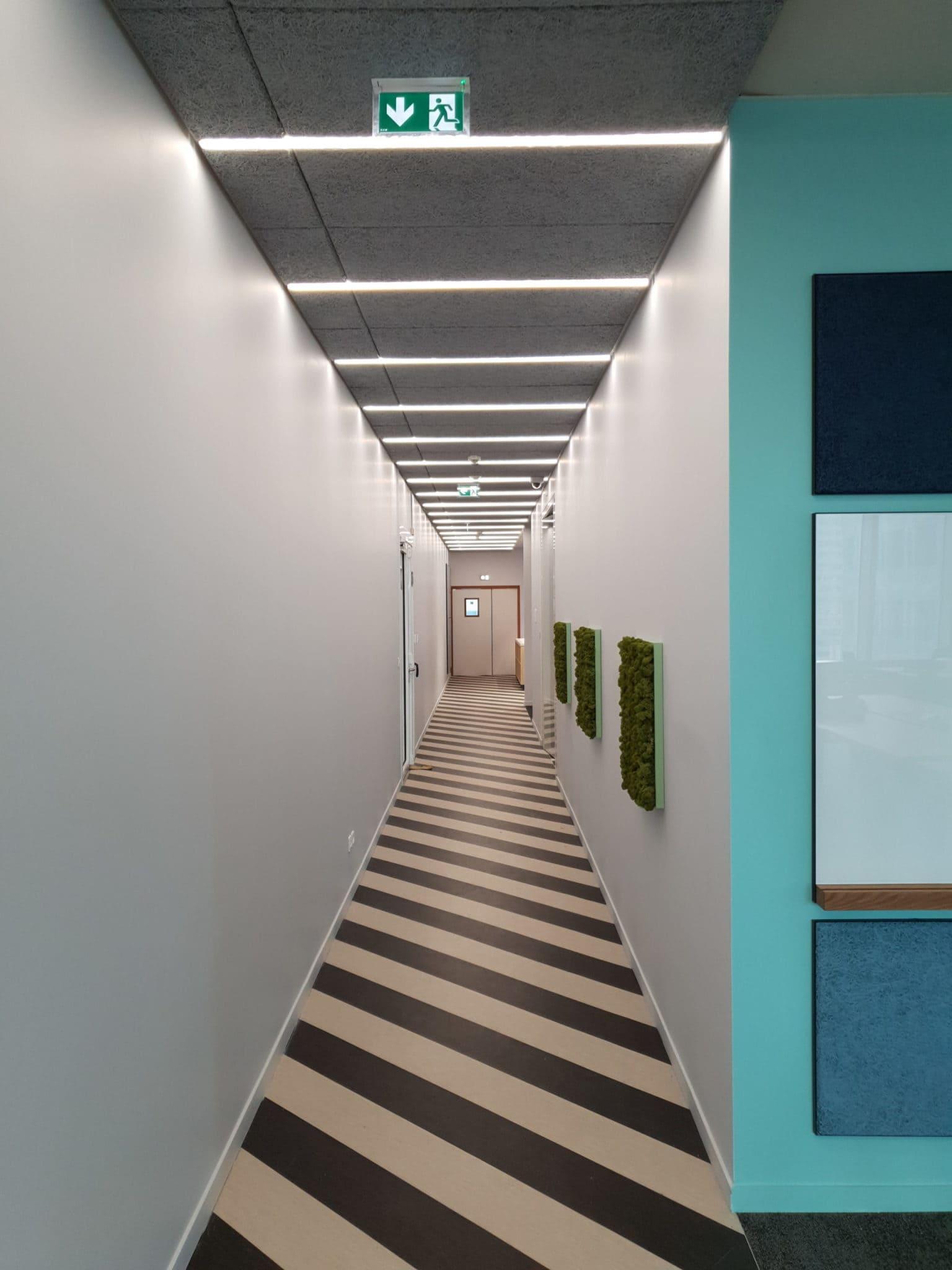 Mise en lumière d'espaces tertiaires à La Défense