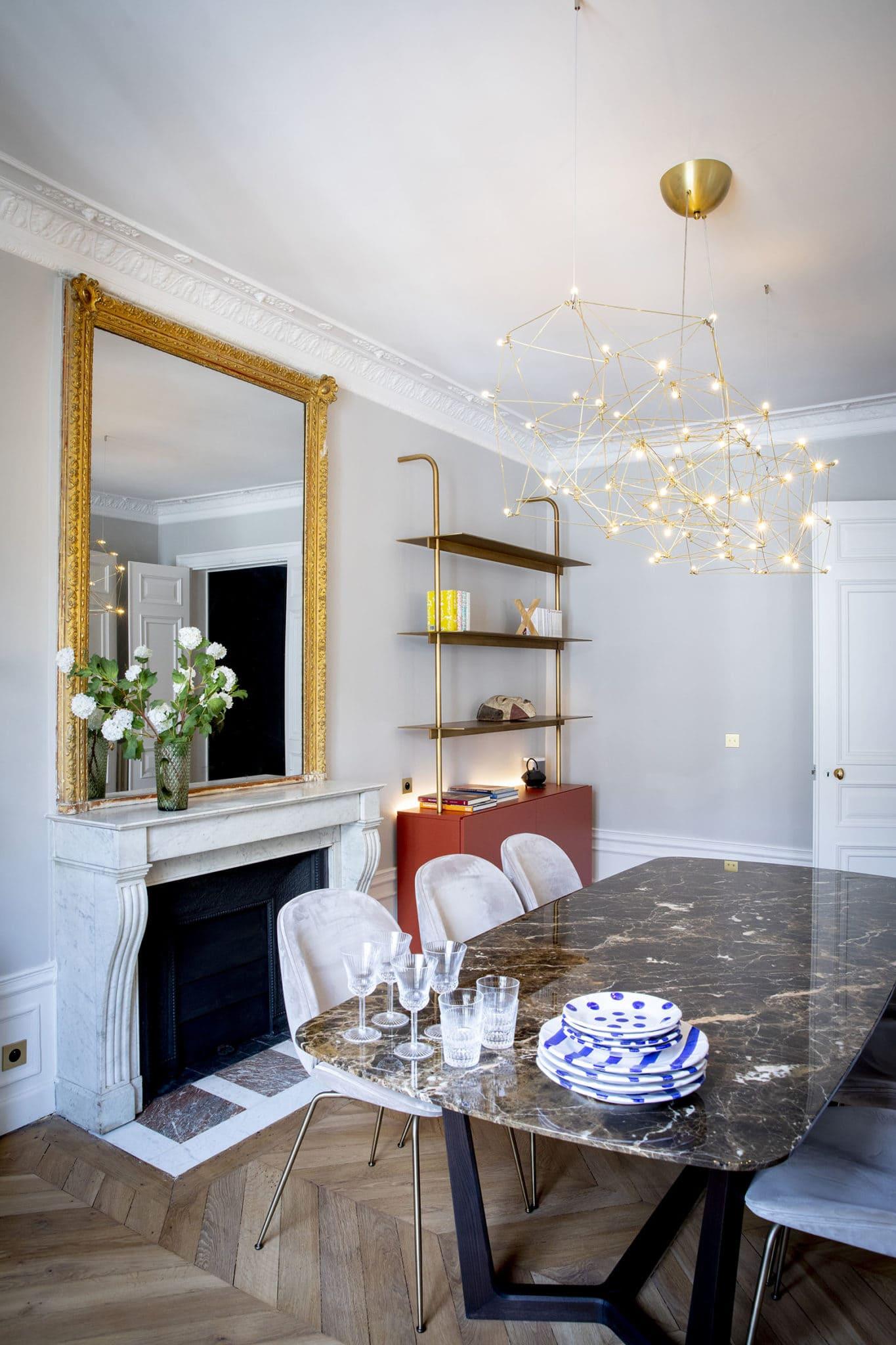 Light design d'une salle à manger