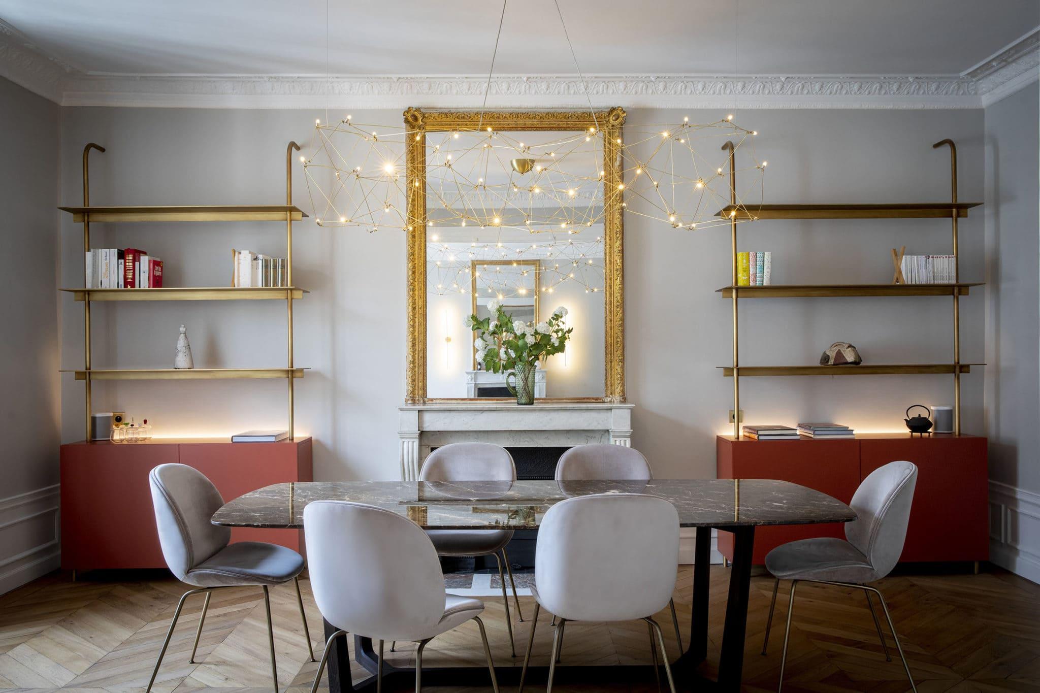 Mise en lumière d'un chic appartement parisien