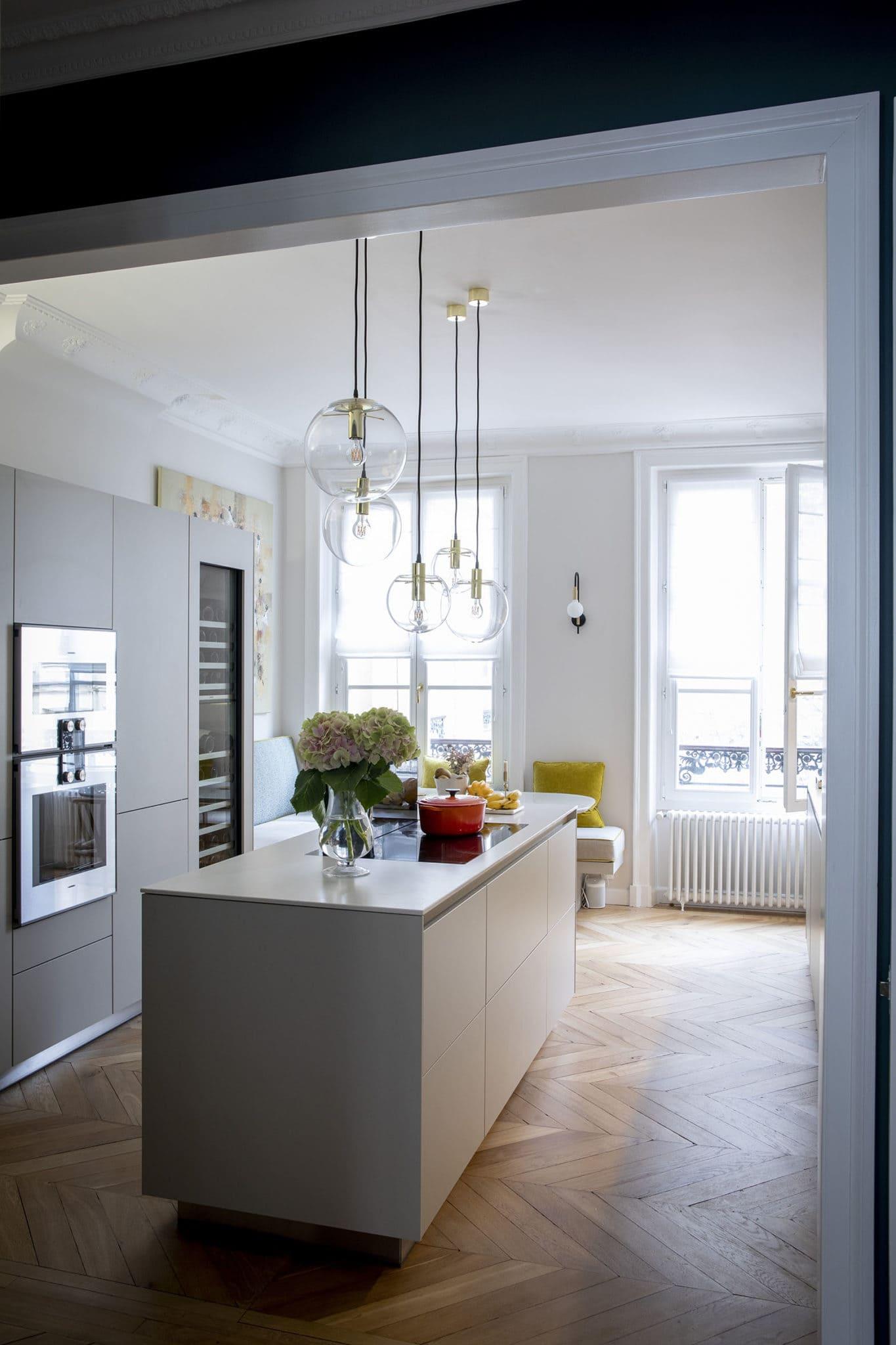 Light design et conception lumière espace cuisine appartement